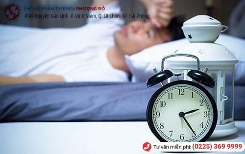 Tiểu đêm nhiều lần làm ảnh hưởng trực tiếp đến giấc ngủ
