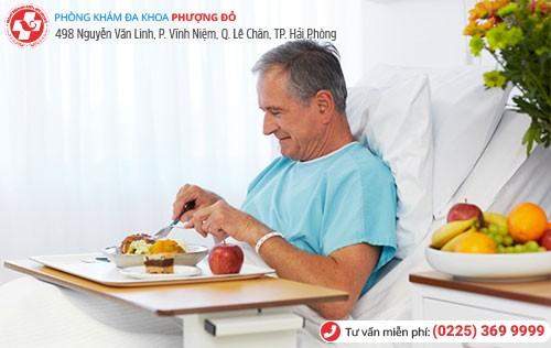 ăn uống sau phẫu thuật